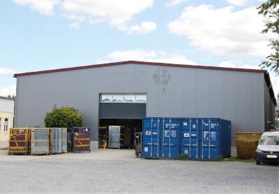 Logistikzentrum außen MKS Autoteile